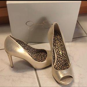 Jessica Simpson Saras Slate Deco Metallic Heels